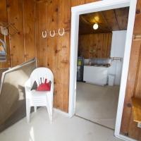 153 Side Room