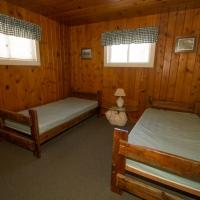 106 Bedroom 1 2 Singles