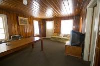 105 Living Room Alt View