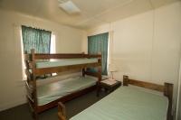105 Bedroom 3 - 1 Single, 1 Bunk