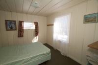 109 Bedroom 1 - 1 Double